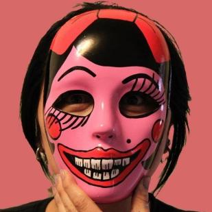 daniela mask