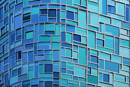 e Blue Reflections
