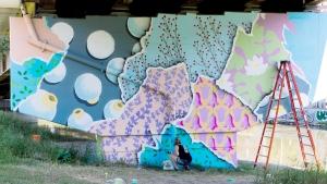 Hello-Kirsten-seawalls-loveletters-mural-festival