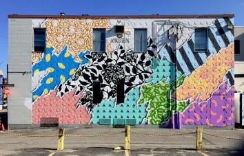 Hello-Kirsten-sudbury-mural