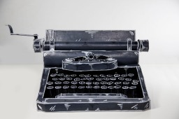 Dosshaus_Typewriter
